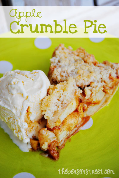 Easy-Apple-Crumble-Pie-at-thebensonstreet_com_