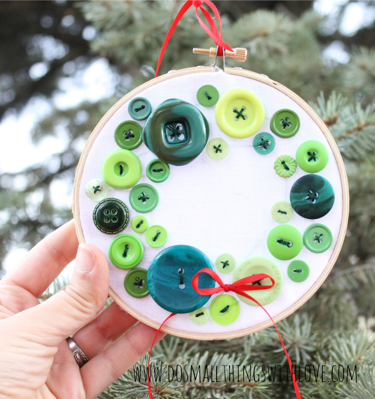 button-wreath