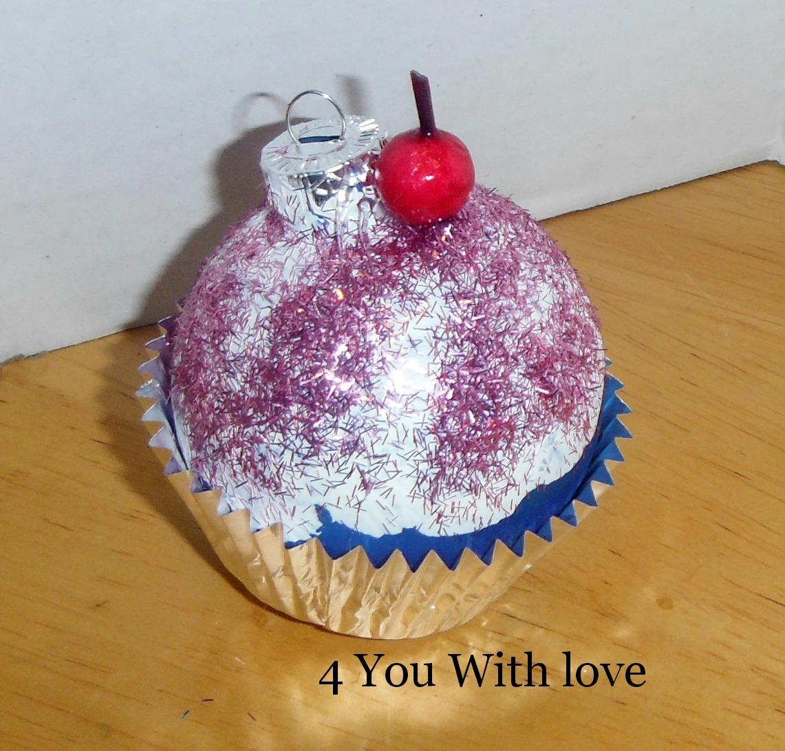 cupcake ornament 5