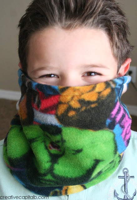 Simple Winter Fleece Face Shield_Gifts under $20_done1