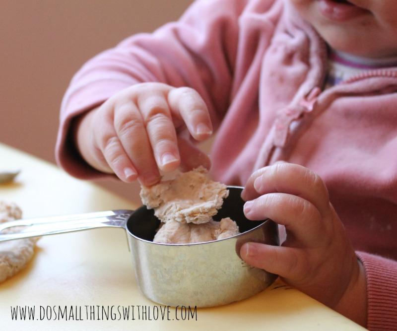 oatmeal playdough 4