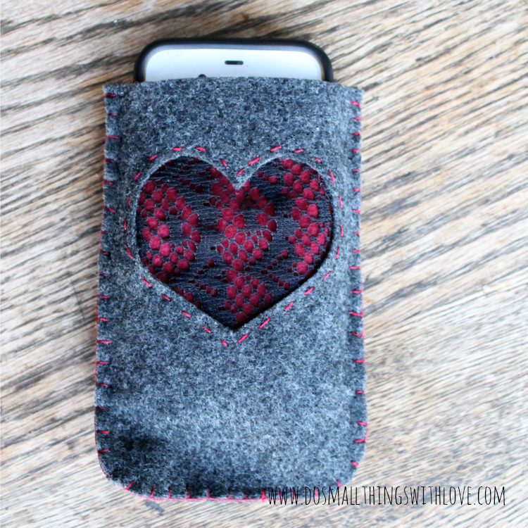 simple felt iphone case with template