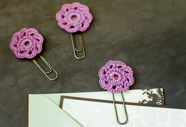 crochet-flower-paper-clips-1-of-2