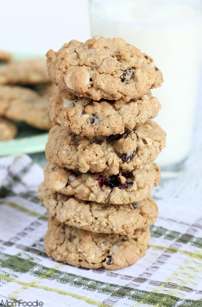 cranberry-white-chocolate-walnut-cookies