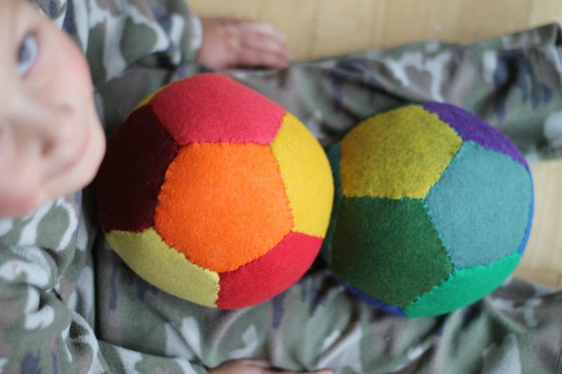 tutorial for making felt balls