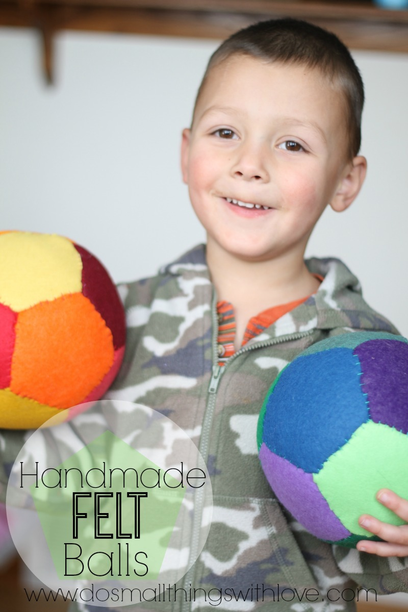 tutorial for making handmade felt balls--it's simple geometry!