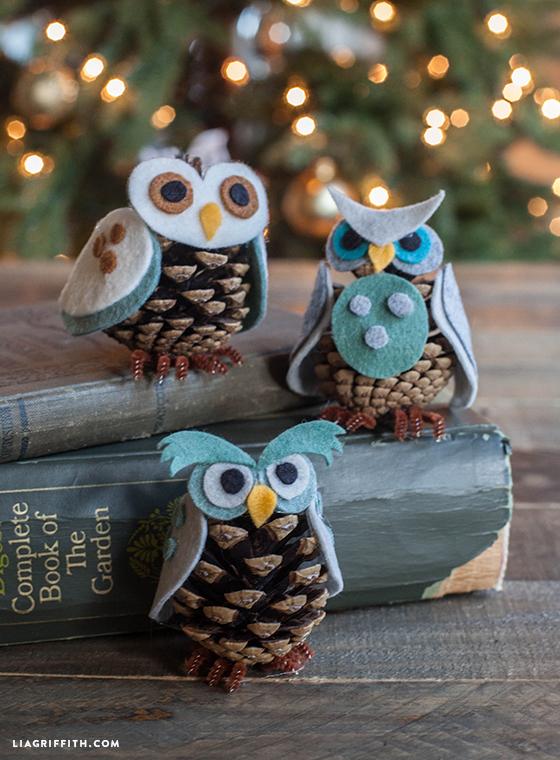 Owl_Ornaments_Felt_Pinecone