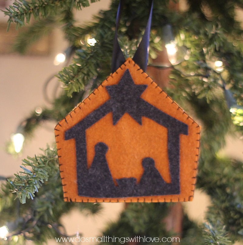 felt-nativity-ornaments