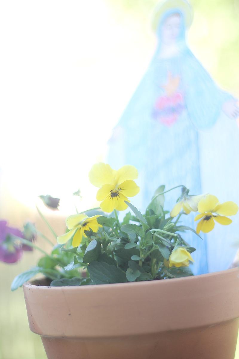 A Child's Flower Garden Yellow